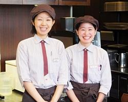 株式会社ホテルサンルート京都/『Cafe briller』の運営スタッフ ★残業なし ★ホテル内勤務
