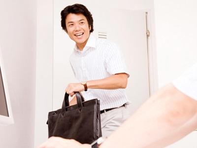 株式会社インフィニ/ルートスタッフ◆95%以上が未経験スタート!月給25万円〜