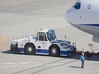 株式会社レソリューション/【空港特殊車両メカニック】整備士としてキャリアアップをここで
